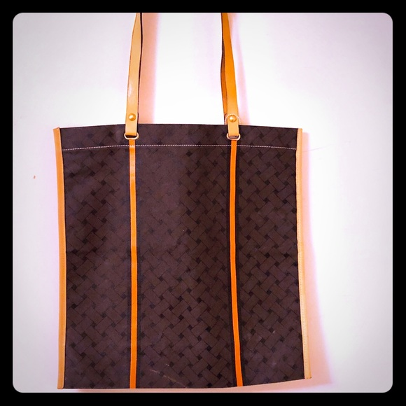 Cole Haan Handbags - Cole Haan lightweight canvas with leather strap